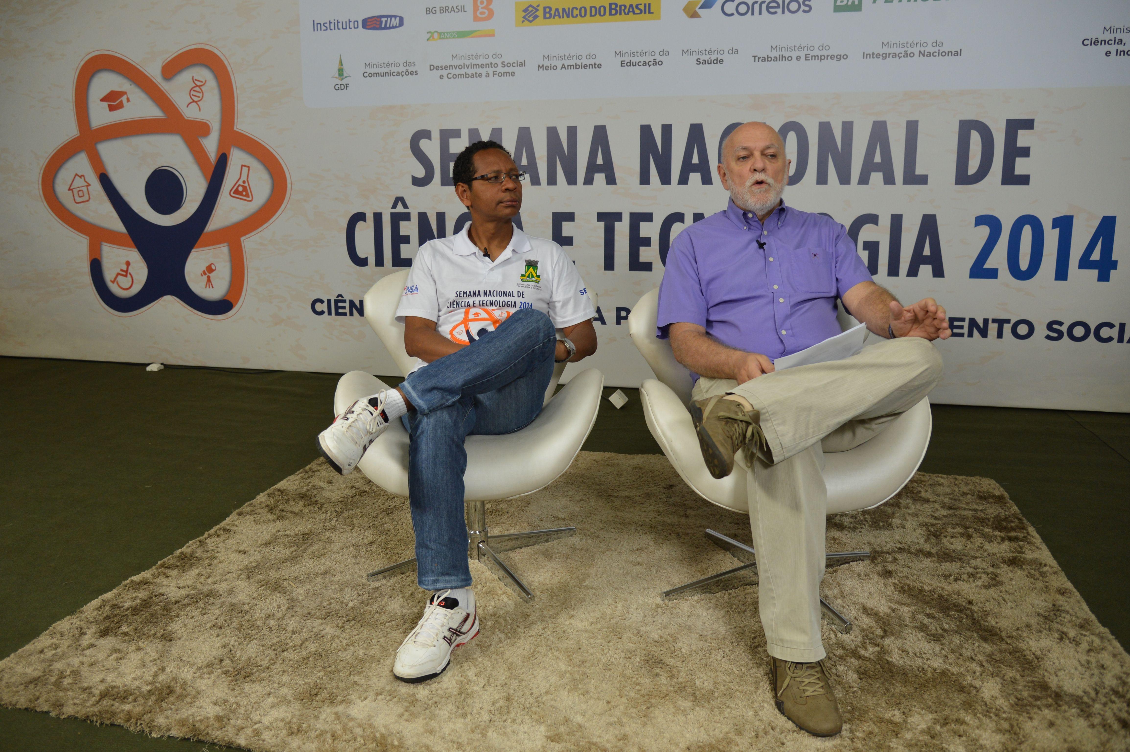 O secretário do MCTI, Oswaldo Duarte, e o diretor Douglas Falcão, falam sobre a Semana Nacional de Ciência e Tecnologia (Fabio Rodrigues PozzebomAgência Brasil)