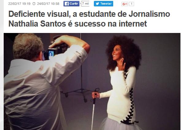 22_02_2017-extra_deficiente-visual-a-estudante-de-jornalismo-nathalia-santos-e-sucesso-na-internet-imagem-destacada