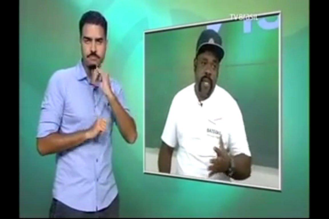 26_02_2017-tv-brasil_entrevista-com-mestre-mangueirinha