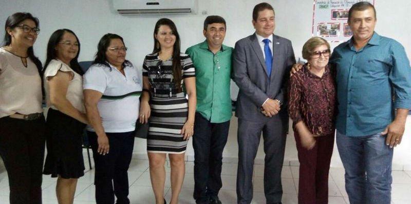 Novos equipamentos para escola em Paulista (PB)
